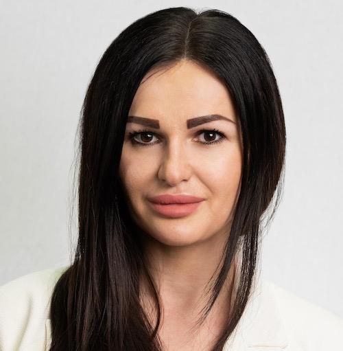 Nela Mandic